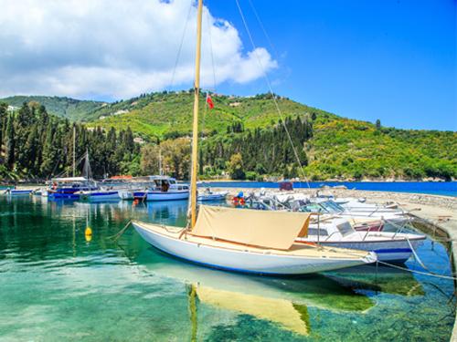 Luxury crewed yacht charter Croatia
